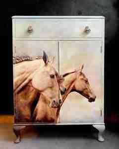 mint decoupage sepia horses